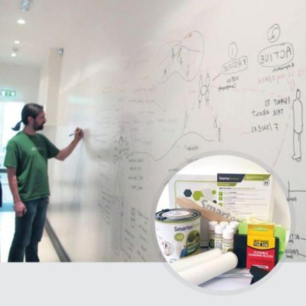 Peinture-tableau-blanc-smart-blanc-produit-en-cours-dutilisation-et-kit-image