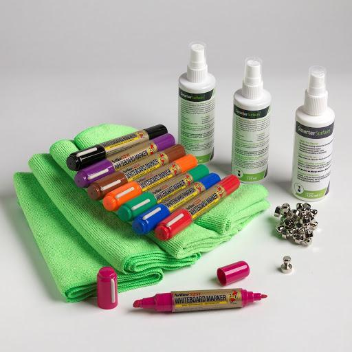 kit d'accessoires pour tableau blanc magnétique pro de Smarter Surfaces